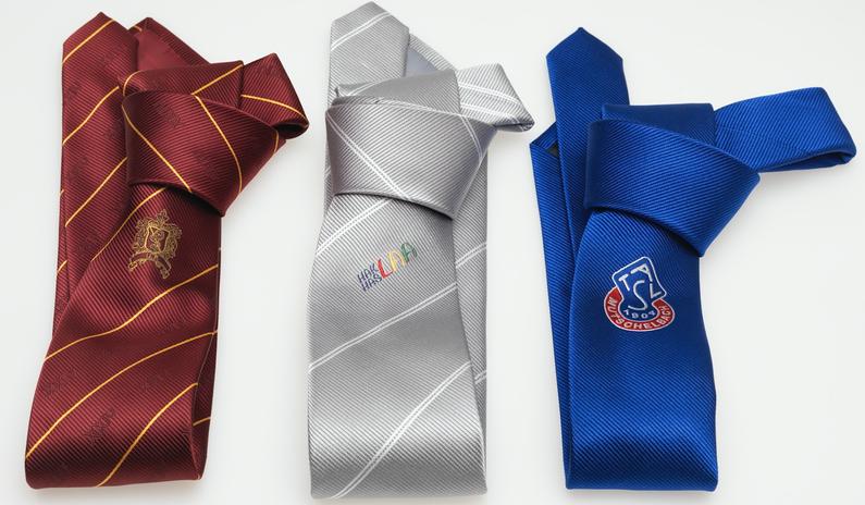 krawatten besticken